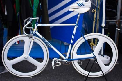 kalavinka-adidas-bike-samba